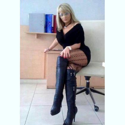 Asmare, kiimainen tytöt i Nokia - 6845